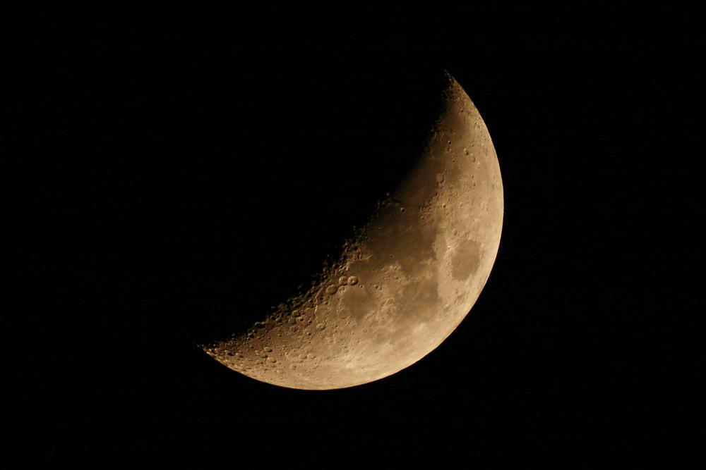 Abendliche Mondsichel (Stephan Brügger)