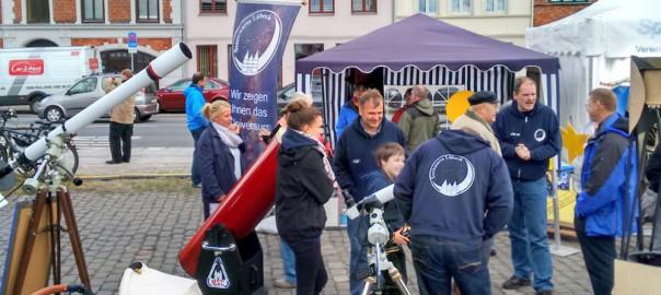 Infostand der Sternwarte auf der Lübecker Wissensmeile 2015